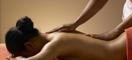 Massage-dos_indika_ayurveda_sion_valais_suisse